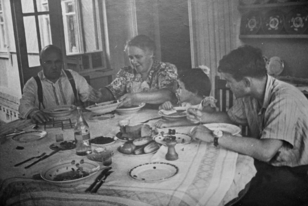 обед 8.1940 Тарас